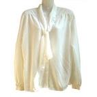 roomwitte vintage blouse met cravatkraag, maat 48