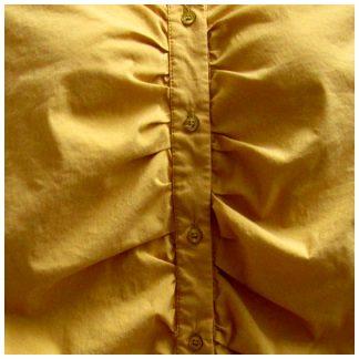 mosterdgele geplooide blouse