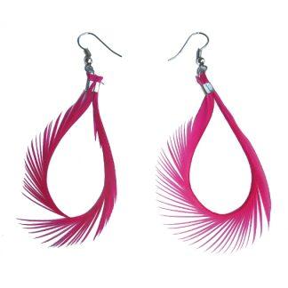 oorhangers met roze veer